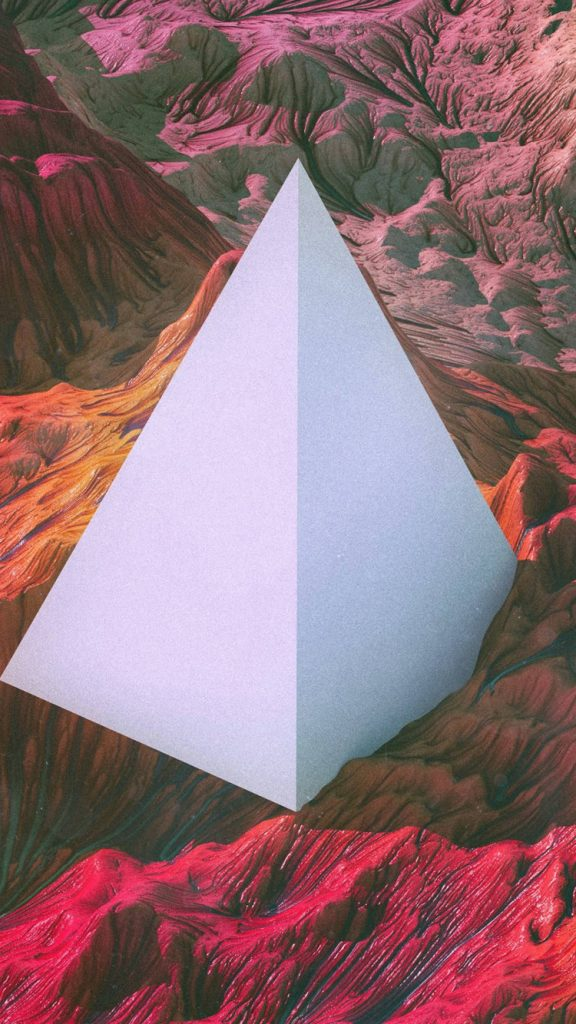 Pyramid iPhone Wallpaper