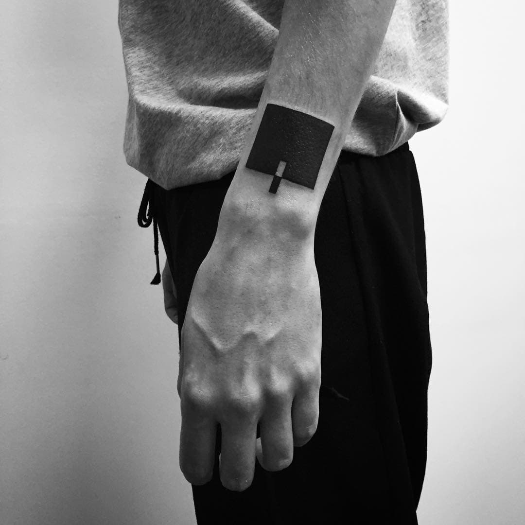 Minimal Wrist Tatoo by Digimatism