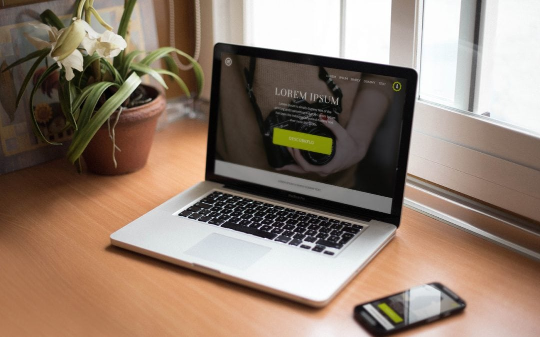 20 Free realistic MacBook Mockups